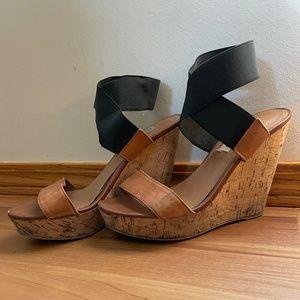 Steve Madden leather platform wedge sandals Size 7